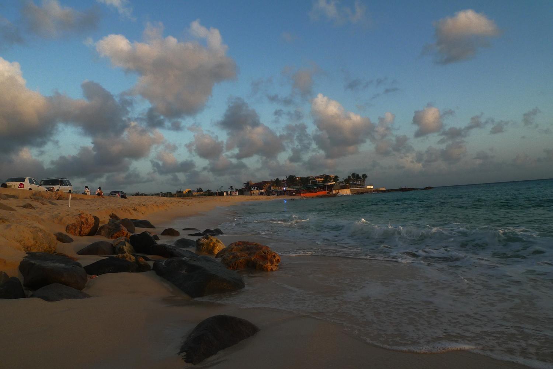 beach-AM